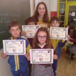 Alumnos con diploma