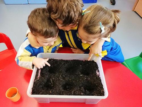 Nuestro dia a dia en la Escuela Infantil (03)