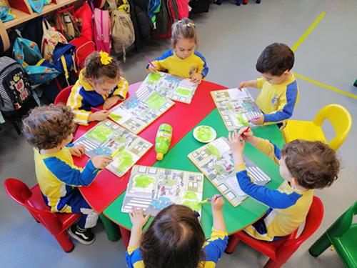 Nuestro dia a dia en la Escuela Infantil (05)
