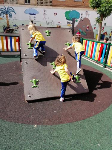 Nuestro dia a dia en la Escuela Infantil (07)